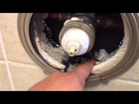 Delta 1700 Series Shower Valve by How To Replace A Delta Tub Or Shower Cartridge How To