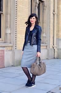 comment porter la jupe crayon taille haute