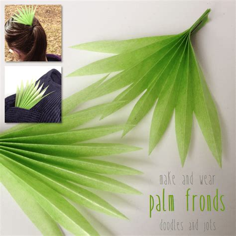 How To Make Palm Tree Leaves Out Of Paper - palm frond craft doodles and jots