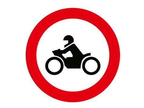 motosiklet giremez levhasi tt  trafiknettr