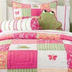 frog and butterfly quilt quilt ideas quilt