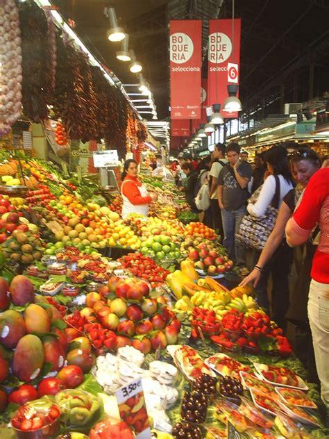 turisti per caso barcellona mercato della frutta barcellona spagna viaggi