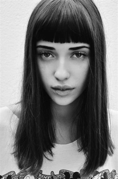 pictures of how tocut a fringe hair around the face how to cut bangs above eyebrows hairstyle gallery