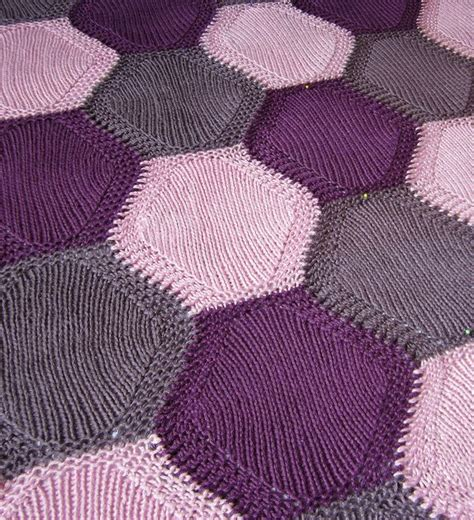 free patterns at ravelry free ravelry pattern crochet projects pinterest