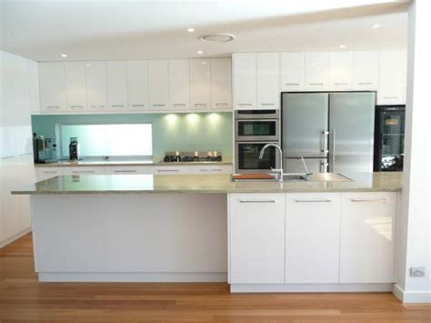 Overhead Kitchen Cabinets by Galley Kitchen Design Kitchen Gallery Brisbane Kitchens