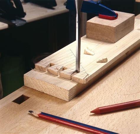 costruire un cassetto in legno come realizzare incastri in legno lavorare il legno