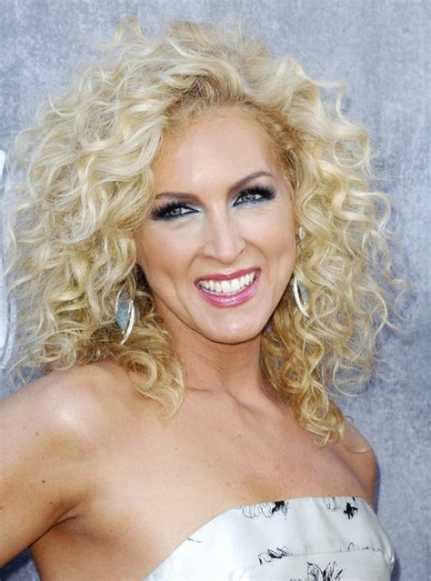kimberly schlapman little big town picture 71 49th annual academy of