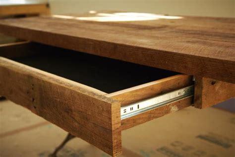 build  reclaimed wood office desk  tos diy