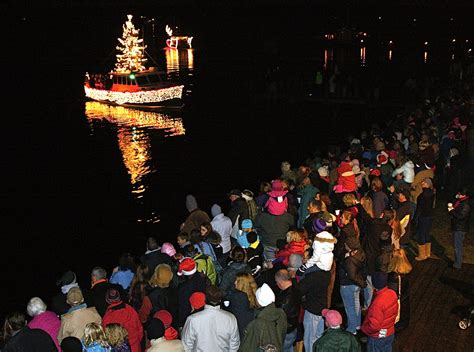 mystic boat parade mystic holiday boat parade ct now