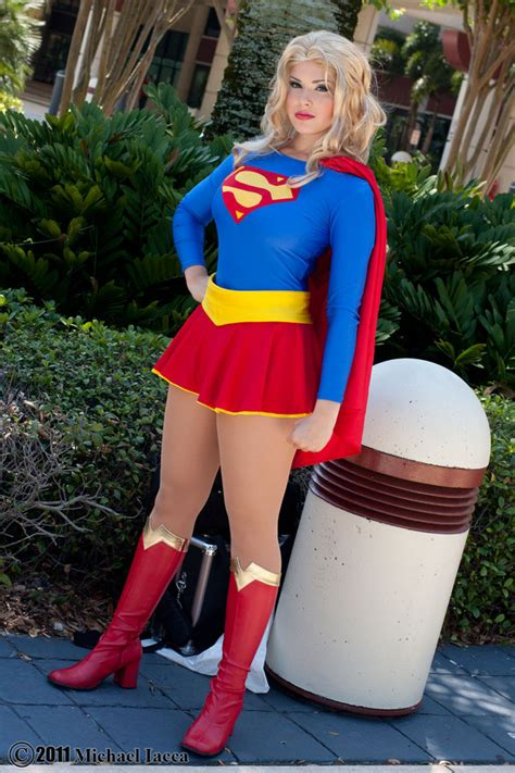 Supergirl Best Of Cosplay Collection Geektyrant