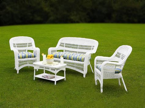 How To Clean White Resin Patio Furniture how to clean white plastic patio furniture best furniture 2017