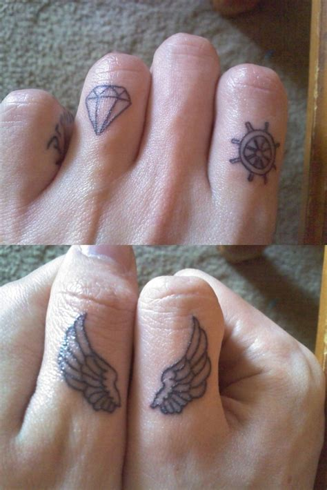 tattoos finger designs 42 simple fingers tattoos