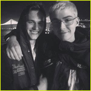 13 real reasons why a guy will not can not or does not 13 reasons why stars miles heizer brandon flynn aren t