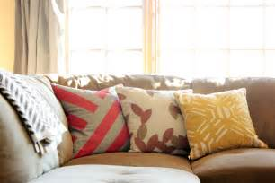How To Choose Pillows For Sofa Decorative Pillows For Sofa Home Design Ideas