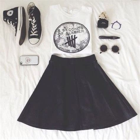 Band T Shirt Kaos 5sos This Luke Hemmings shirt black skirts and black skater dresses
