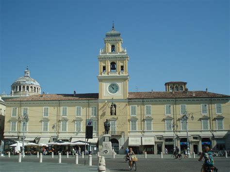 governatore italia file palazzo governatore parma jpg wikimedia commons