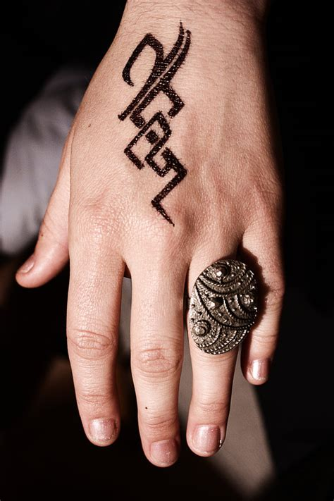 hand tattoo tribal 25 awesome designs collections