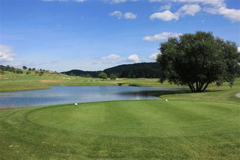 Numurkah Golf Club Cabins by Beroun Golf Club Beroun Tschechien Albrecht Golf F 252 Hrer