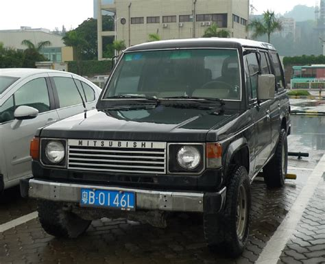 mitsubishi china mitsubishi pajero is black in the in china