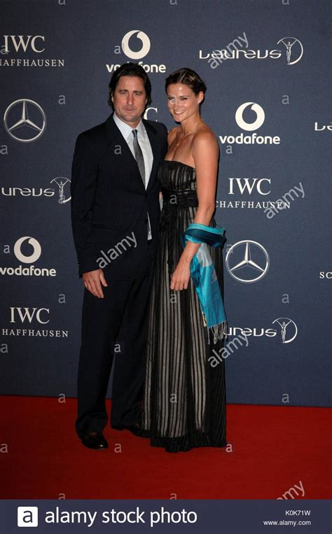 luke wilson wife luke wilson and wife red carpet arrivals at the 2012