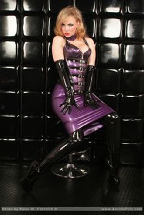oltre 1000 immagini su my tribute to femininity su oltre 1000 immagini su lust for latex su pinterest