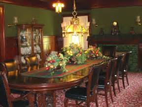 Dining room of the bingham waggoner estate independence