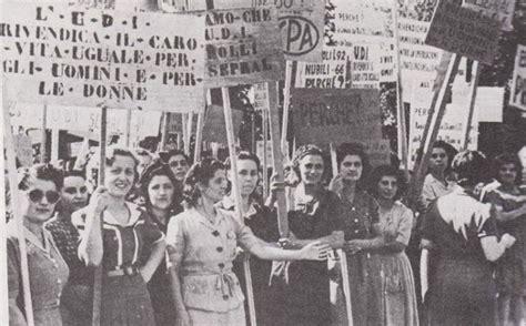 giornale e donne la donna una rivolta sociale va oltre i diritti