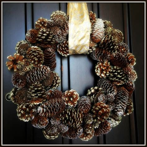 hanging paintings without holes hometalk hanging a wreath without drilling holes