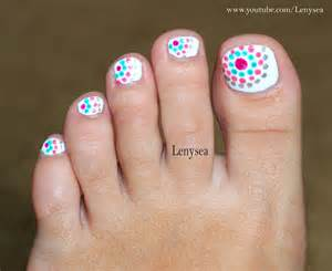 toe nail design for beginners dots in circles youtube