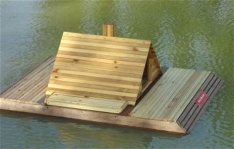 floating duck house floating duck house duck houses pinterest