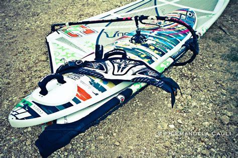 tavola da windsurf usata test stylepro 100lt novenovecustomboards il windsurf in