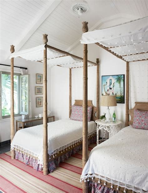 girl canopy bed curtains 25 best ideas about canopy beds on pinterest girls