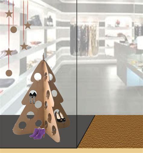 imagenes de navidad con zapatos escaparates de navidad con 225 rboles de cart 243 n