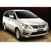 8 Car Accessories That Make Your Toyota Innova Long Drive