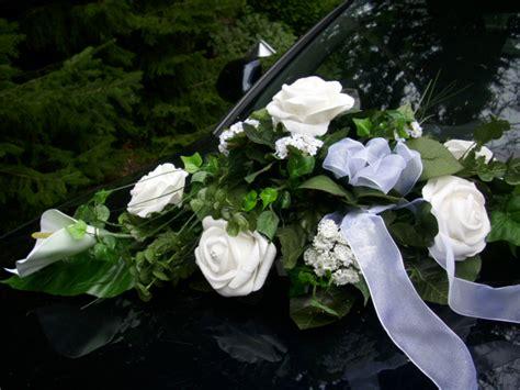 autoschmuck hochzeit modern blumengesteck tischdekoration autoschmuck calla rosen gr 252 n
