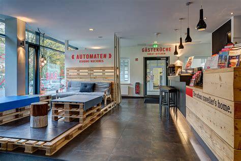 sofa bar hamburg meininger hotel hamburg city centre affordable modern