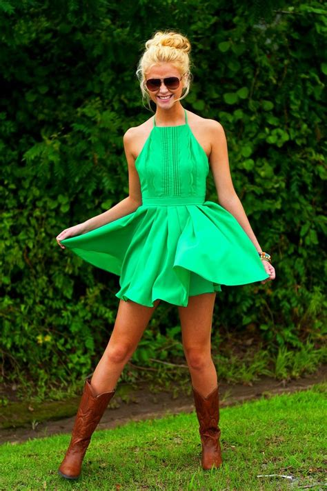 style green dress green style