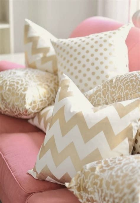 white decorative pillows for couch best 20 gold throw pillows ideas on pinterest throw