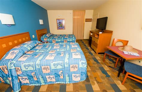 pop century preferred rooms pop century review disney tourist