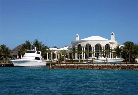 oprah winfrey bahamas homes lonny
