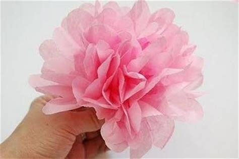 creare fiori con la carta crespa come fare fiori di carta crespa fiori di carta fiori