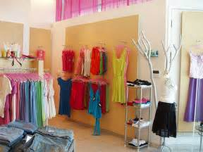 small boutique ideas about small store design on frames