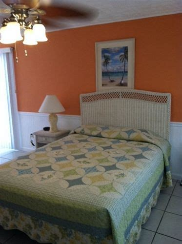 Beacon Bed And Breakfast by Book The Beacon Beachfront Bed And Breakfast Fort Myers