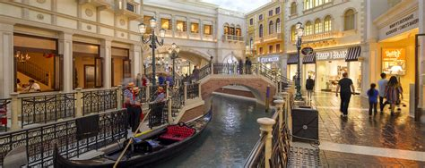 retail space  lease  las vegas nv  grand canal