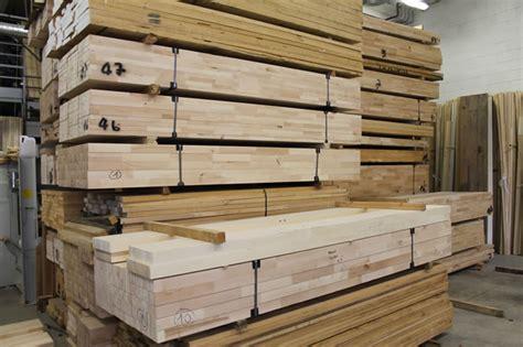 cornici lucca produzione cornici in legno provasi luca cornici