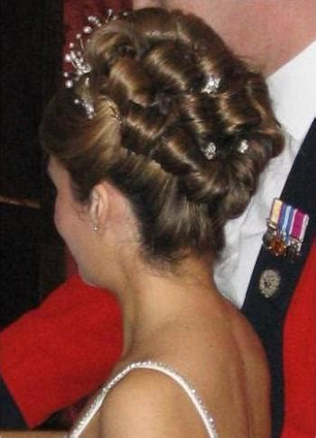 barrel curl hairpieces wedding bridal hairstyles gallery