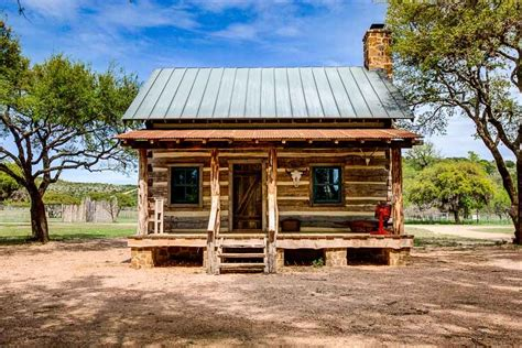 Small Cabins Plans bed amp breakfast luxurious antique cabins ox ranch