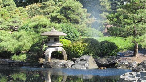 giardini con laghetti realizzazione giardini giapponesi giardino con laghetto
