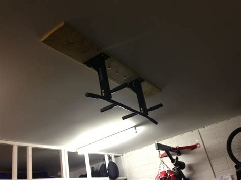 Pull Up Bar Garage Ceiling by Find Ceiling Joists In Garage With Plasterboard Ceiling