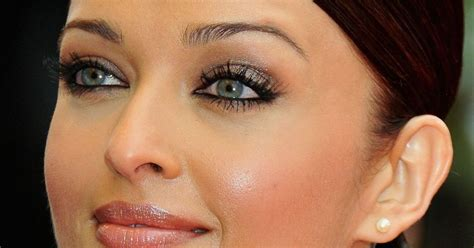 aishwarya rai eye color contacts top 10 most beautiful eyes in the world 2018 world s top